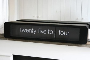 Karlsson flip clock | Tell the time with words